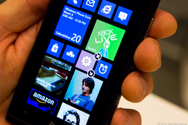 Microsoft has got Two Phones Ready for Launch: A Selfie Phone and a Premium Phone